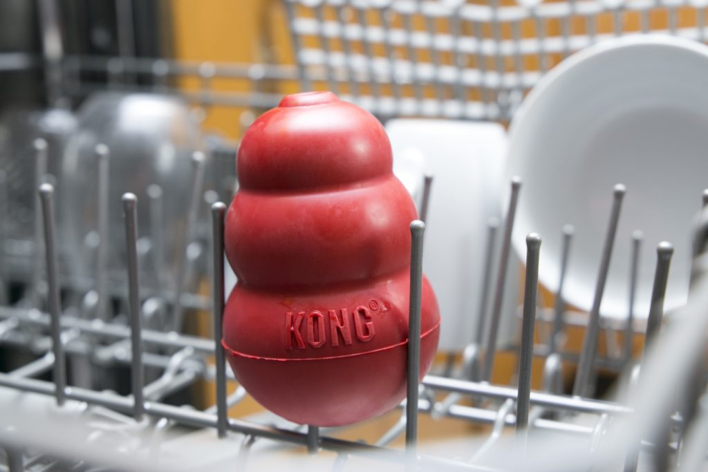 Can you put a kong in the dishwasher?